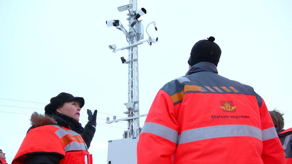 E6 i Troms skal være et pilotprosjekt for intelligente transportløsninger og har fått opp både værstasjon og ulike sensorer for å kunne gi trafikantene sanntidsinformasjom om vær og føre.