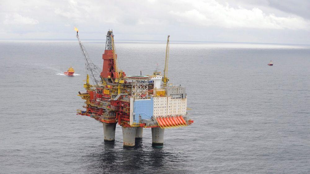IEA anbefaler at Norge øker olje- og gassproduksjonen i fremtiden, fordi de mener det er uheldig at verden blir for avhengig av olje fra Midtøsten.