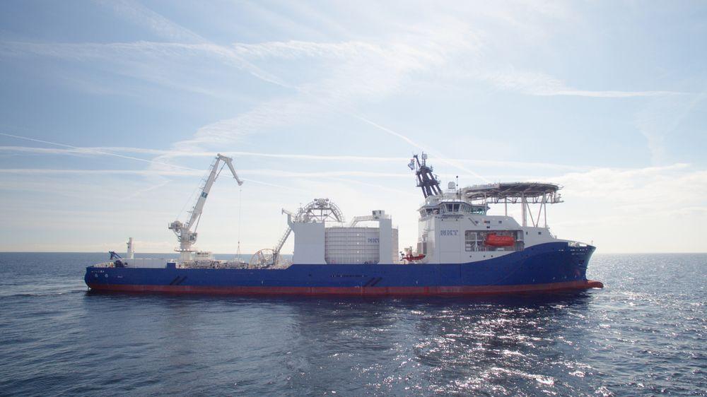 NKT Victoria ble kåret til Ship of the Year 2017 under Nor-Shipping.