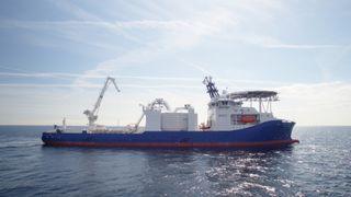 Dette avanserte kabelleggingsfartøyet er årets skip