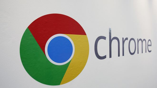 Chrome-logoen vist under en Google-arrangement i 2013.