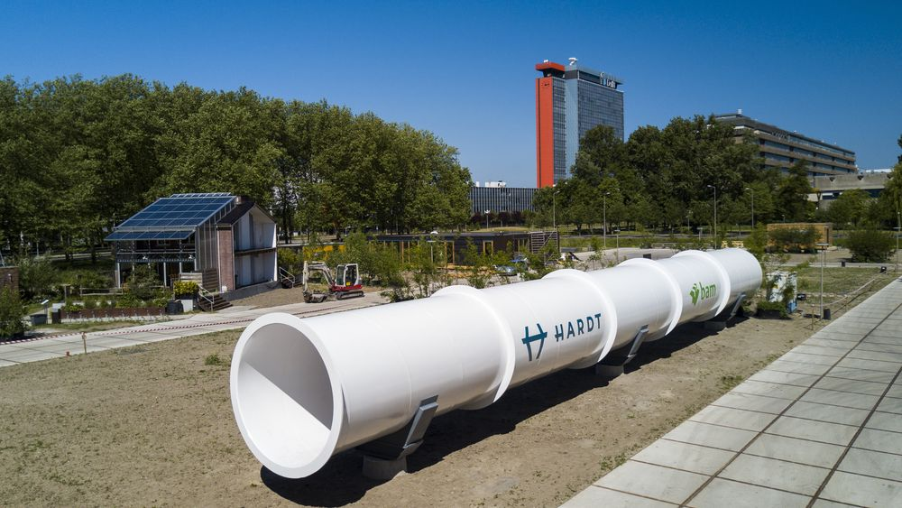 Dette 30 meter lange røret lar Hardt teste ut sin Hyperloop-teknologi.