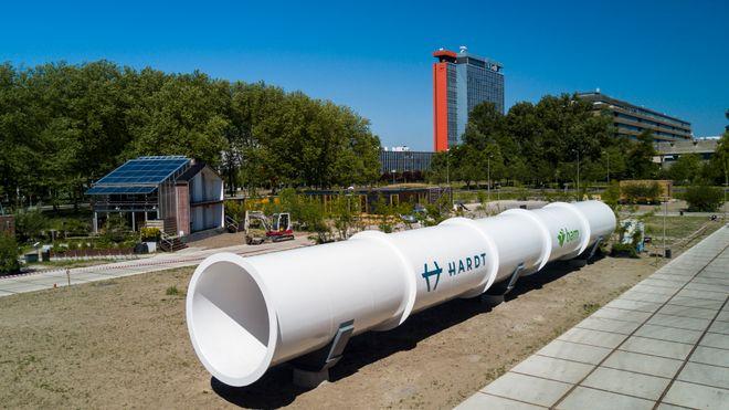 Studentene vant Tesla-sjefens Hyperloop-konkurranse. Nå bygger de fullskala testbane i Europa