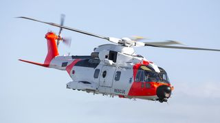 Det nye redningshelikopteret er på vei til Norge for første gang