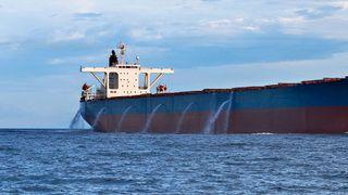 Nye krav om rensing av ballastvann blir utsatt - igjen. Det kan koste norske leverandører flere millioner