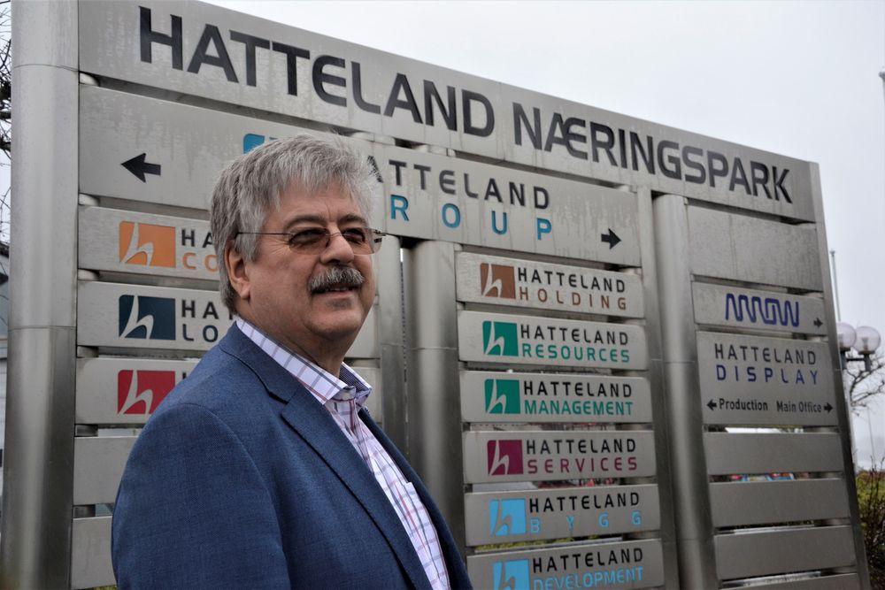 – Et selskap utvikloes til et punkt hvor det er naturlig å selge, sier Jakob Hatteland, som sammen med dyktige medarbeidere har omskapt ei hel bygd til en næringspark for it- og databedrifter.