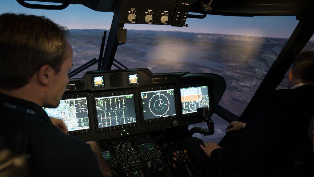 Inne i den nye AW101-simulatoren ved Stavanger lufthavn Sola.