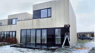 Huseiere sitter igjen med regning på flere hundre tusen etter byggeskandale. Forsikringsselskapene nekter å betale