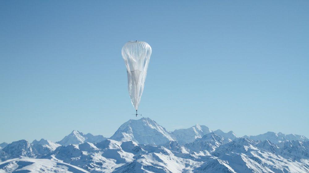 Loon-ballongene styres ved at høyden reguleres, og dermed også hvilke vindsystemer ballongene driver med.