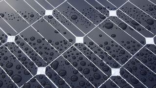 Solcellepanel lager mindre strøm enn antatt på grunn av støv og forurensing