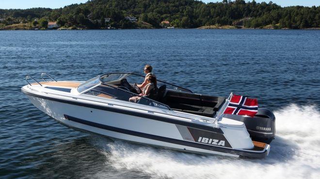 """Båtbyggingen i Norge er ikke død, men det er ikke mange produsenter igjen som kan sette """"Made in Norway"""" på båtene"""