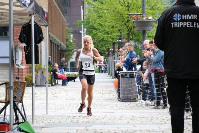 BESTE KVINNE: Med tida 33.22 var Ann Kristin Midtun raskaste kvinne i årets utgåve av Tangen på kanten.