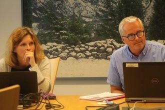– TO FLUGER I EIN SMEKK: Kåre Mentz Lysne (Ap), her ved sidan av Annike Vanberg (SV)