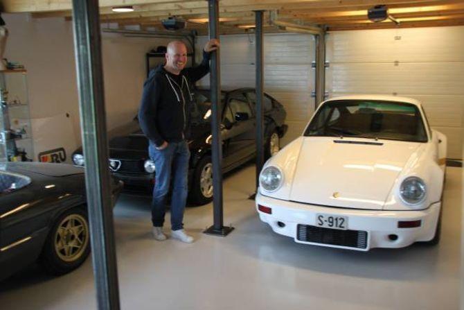 MEIR MOROSAMT ENN KONTOR: Christer Lundem ville heller følgje sin intense bilentusiasme enn å sitje på eit kontor, og startar Benzina for halvtanna år sidan.
