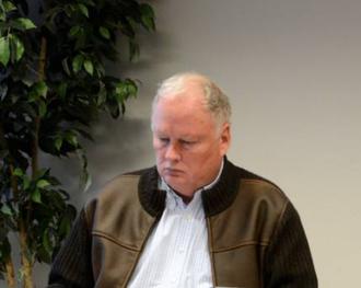 20 PROSENT: Geir Berge Øverland skaljobba ved helsesentereti Lærdal i 20 prosent, og er tilsett i første omgang i eitt år. Arkivfoto