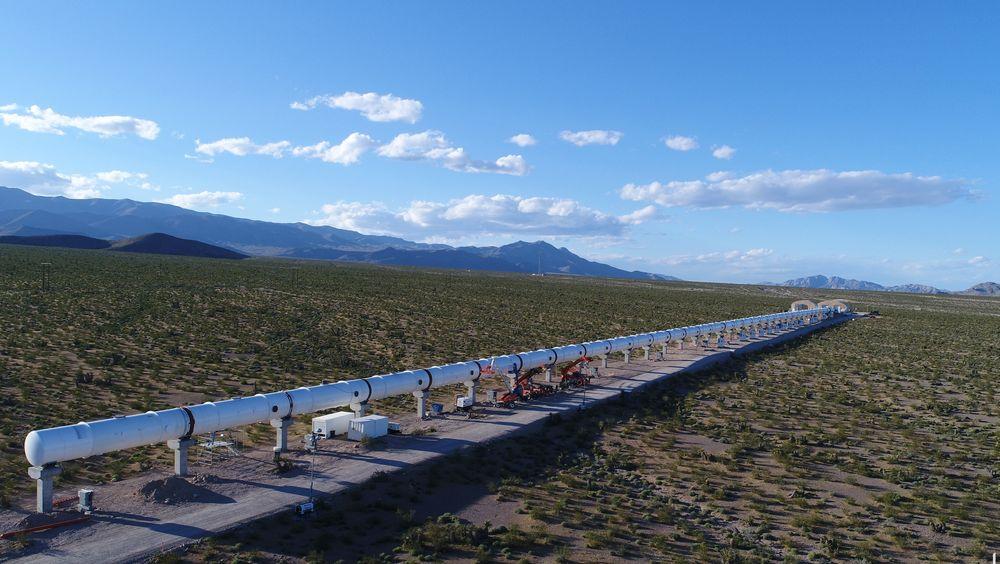 Den første testbanen for Hyperloop er allerede etablert i Nevada-ørkenen i USA, nå håper MDG Norge kan komme tidlig inn i utviklingen av konseptet andre steder.