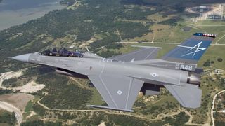 Bli med F-16 i jakten på to F-35