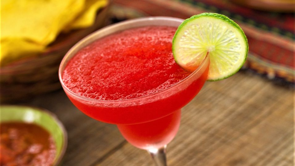 UKENS DRINK: Frozen strawberry margarita