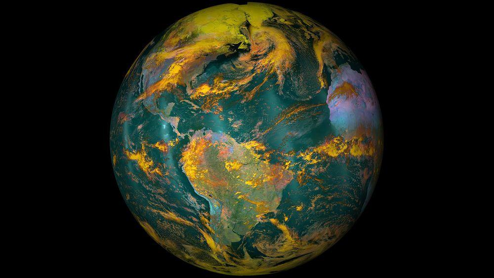 NASA søker etter en person som skal beskytte Jorden (avbildet) mot utenomjordiske farer, samt sørge for at vi ikke forurenser andre planeter.