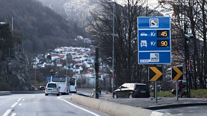 Økte bomprisene, nå er køtiden inn til Bergen halvert