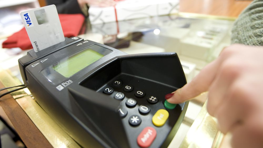 I rapporten fra KTH har 740 forhandlere fra bransjer som håndterer mye kontanter, sagt sin mening.