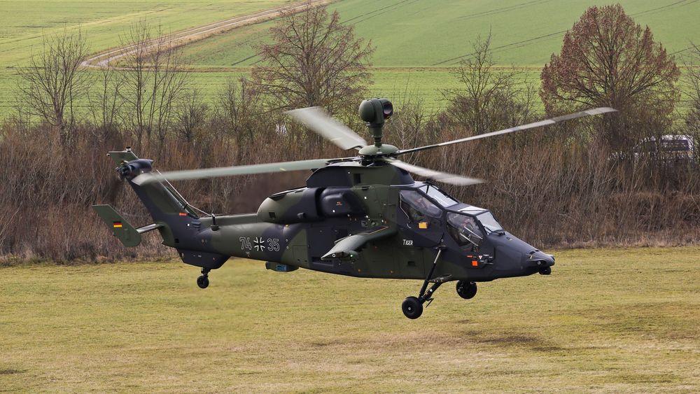 Den tyske hæren satte sine gjenværende 46 Tiger-helikoptre på bakken etter det fatale havariet i juli.