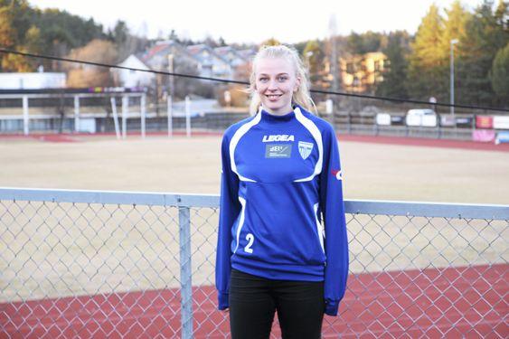 PÅ HJEMMEBANE: Ina Gausdal der vi liker henne aller best - på Sofiemyr stadion.