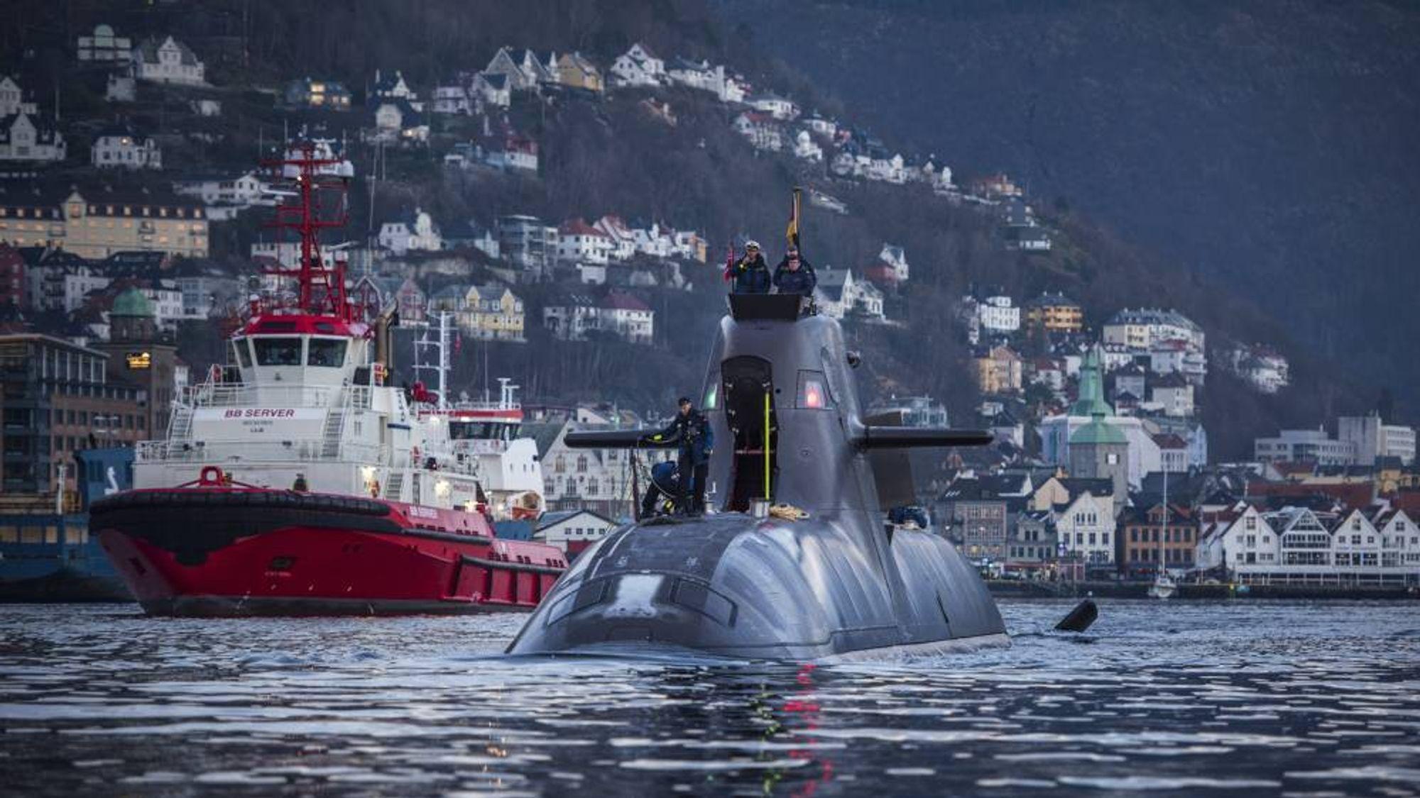U-32, som var den første ubåten i 212-klassen som ble tatt i bruk 19. oktober 2005, i Bergen i fjor høst.