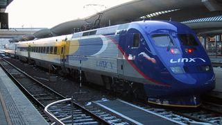 Svensk togsjef truer med å legge ned hurtigtoget mellom Oslo og Stockholm