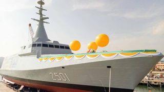 Her sjøsettes stealth-fregatten med norsk missilteknologi om bord