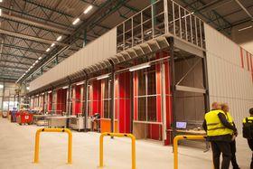 AutoStore-anlegget er utvidet til 23.000 kasser. 18.000 kasser er flyttet fra det gamle lageret, mens det har vært i drift.