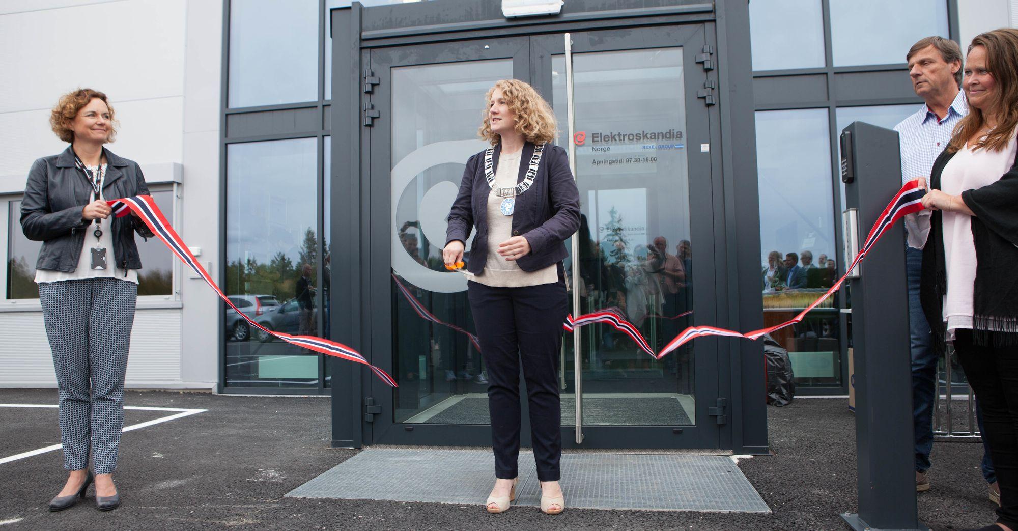 Ordfører i Ski kommune, Tuva Moflag (Ap), sto for den offisielle åpningen.