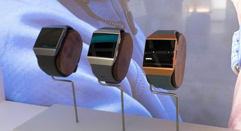 Fitbit Ionic Med denne skal Fitbit ta rotta på Apple