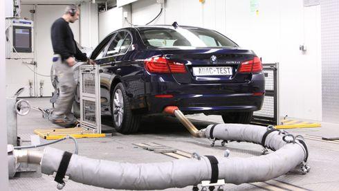 Disse bilprodusentene gjør det dårligst i ny utslippsrapport. Volvo havner under middels