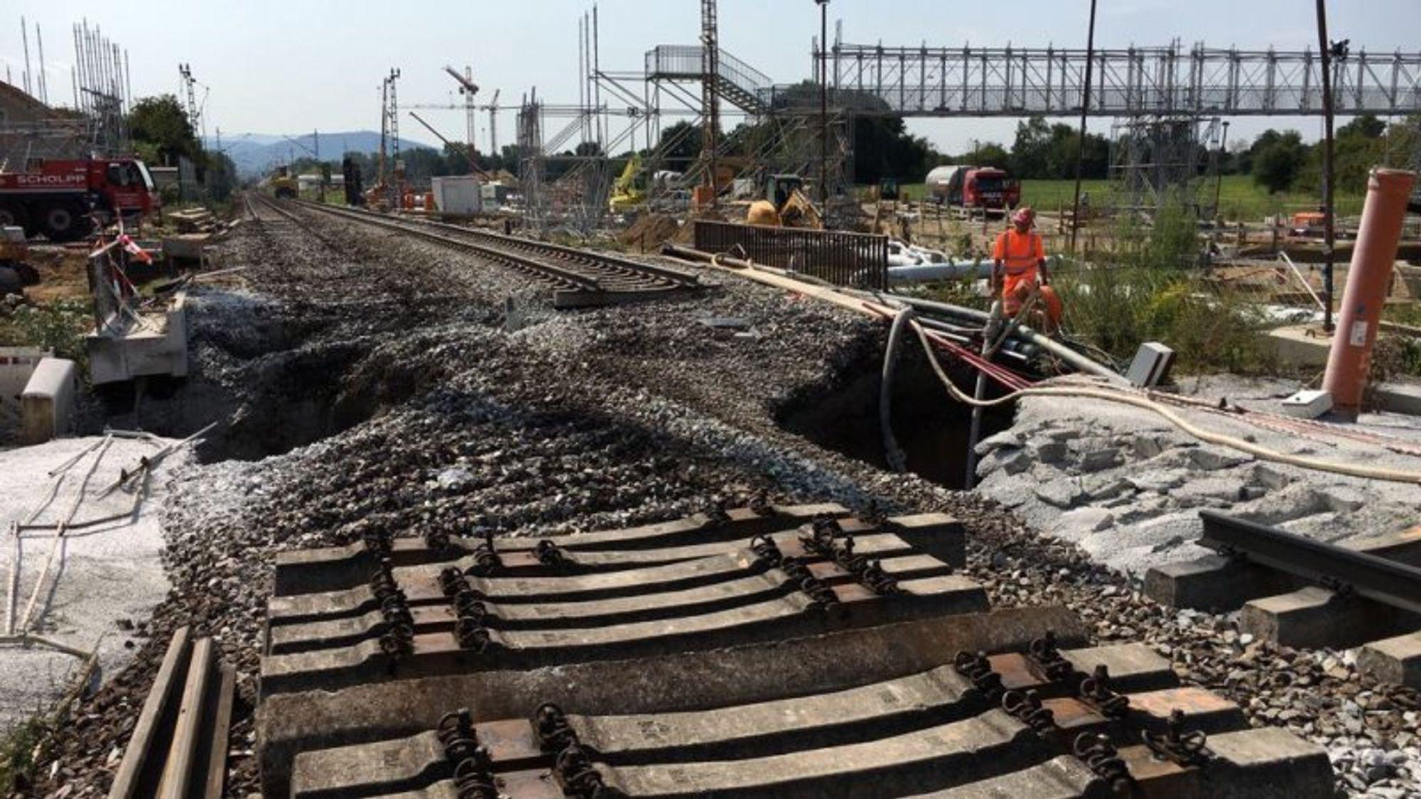 Det store sporfornyingsprosjektet til Deutsche Bahn er blitt langt dyrere etter at tunnelboremaskinen til en verdi av 160 millioner kroner gikk dukken.