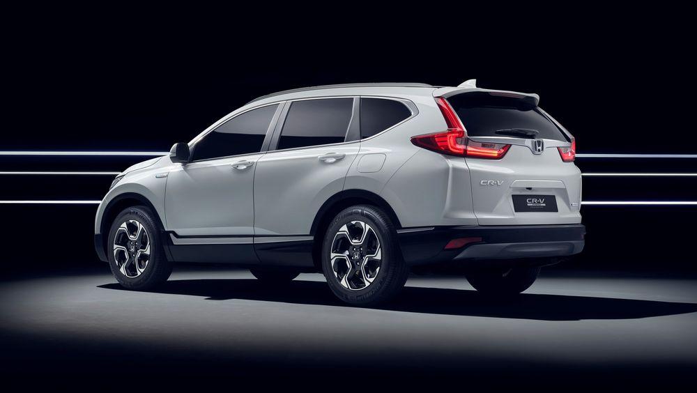 Honda CR-V Hybrid Prototype.
