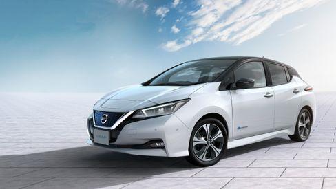 Nye Nissan Leaf normaliserer noen av linjene fra den litt spesielle førstegenerasjonsmodellen, men beholder mye av formen.