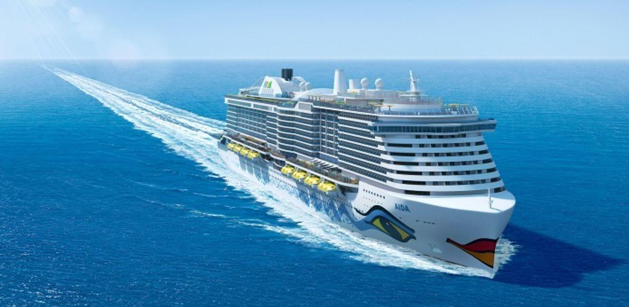 Aidanova blir verdens første cruiseskip med LNG-motorer. Det 337 meter lange og 42 meter brede skipet på 183.900 bruttotonn, skal inn i trafikk i desember 2018. Det skal ha 2.262 lugarer og 31 suiter til sine 5.200 passasjer.