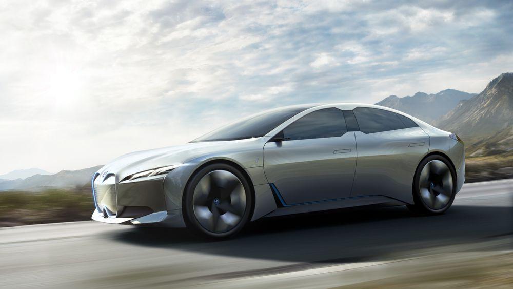 Det elektriske konseptet BMW i Vision Dynamics gir en forsmak på det som trolig blir BMW i5.