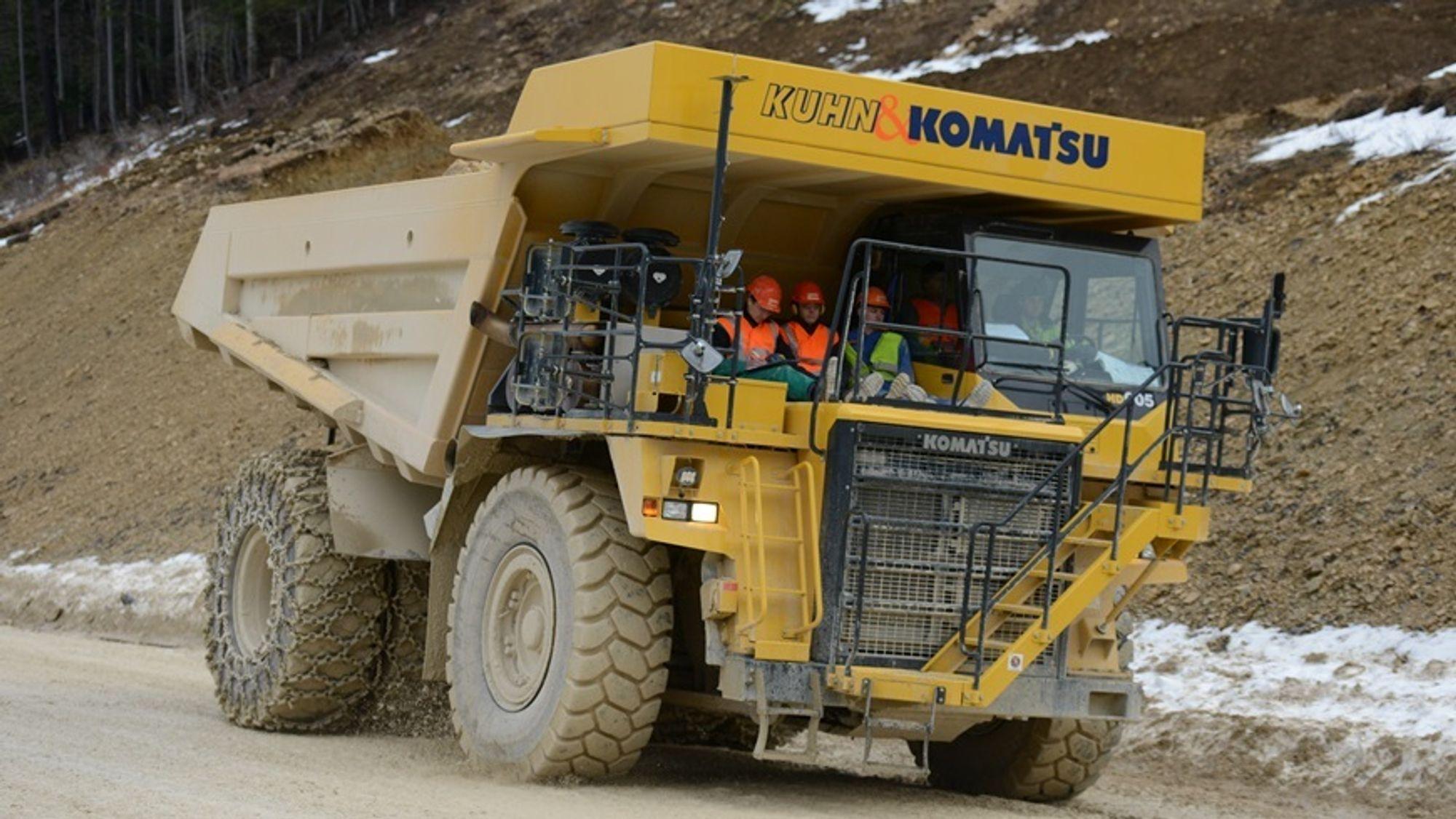 Denne Komatsu-dumperen bygges om til elektrisk drift.