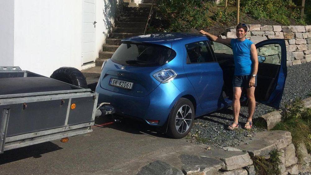 Arne Naklings Renault Zoe Q90 med tilhenger.