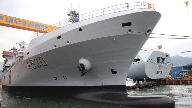 Nok en Korea-forsinkelse for Forsvarets største skip - kan tidligst leveres tre år etter at forgjengeren ble faset ut