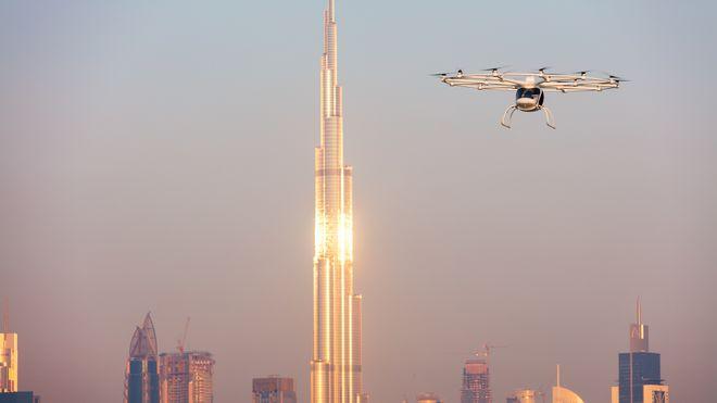 Her flyr Dubais første selvkjørende fly-taxi