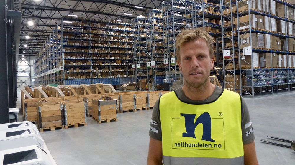 Sminke og kosmetikk er big business for Einar Øgrey Bransdal og Brandsdal Group. Nå er de klare for å la Cocopanda bre seg ut i alpelandet Østerrike. Her er sjefen sjøl i det nye lageret på Mjåvann like utenfor Kristiansand.