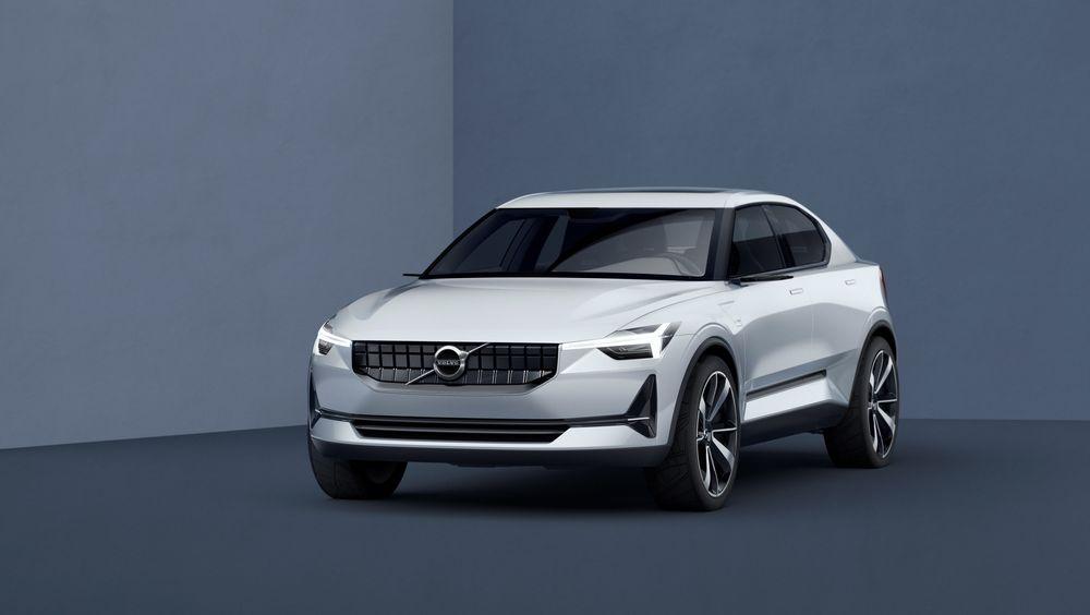 Volvo 40.2 er en sedan, og gir en forsmak på S40.