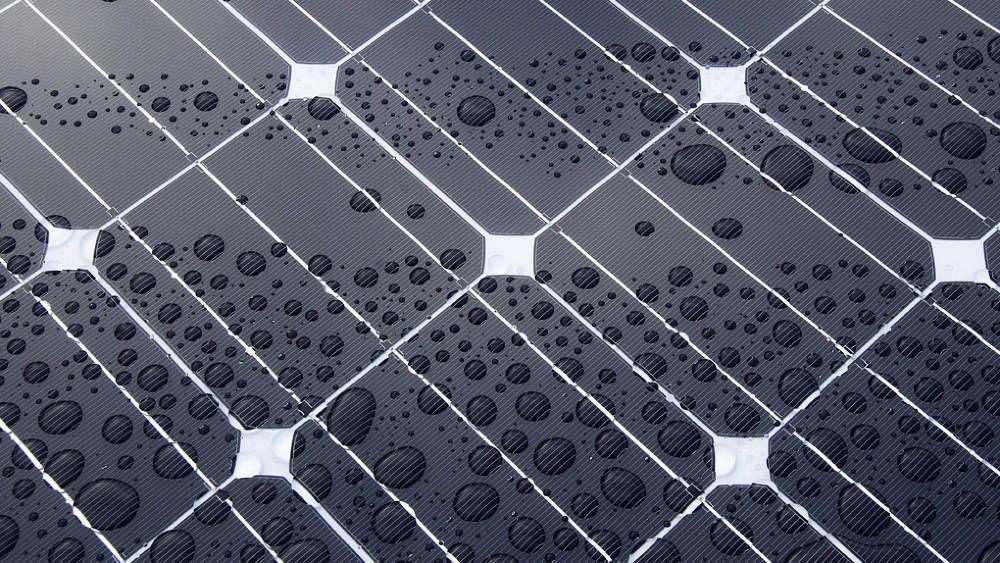 Statoil investerer i sitt første solprosjekt.