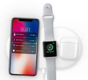 Ladeplaten AirPower kommer i 2018, og kan lade iPhone, Apple Watch og AirPods samtidig. Foto: Apple.