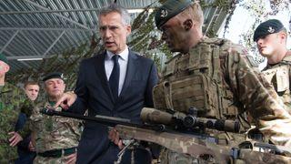 Noen hacker smartmobilene til NATO-soldater i Øst-Europa