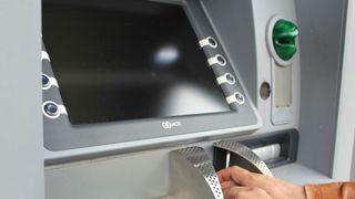 Hacket minibanker i København sentrum så pengene sprutet