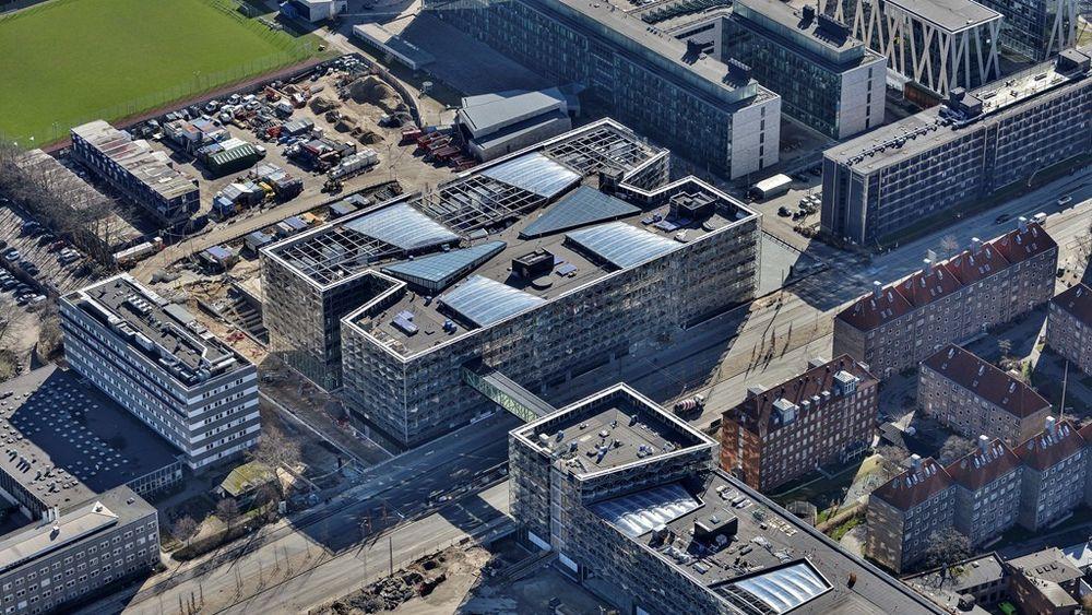 Niels Bohr-bygningen under bygging i København.